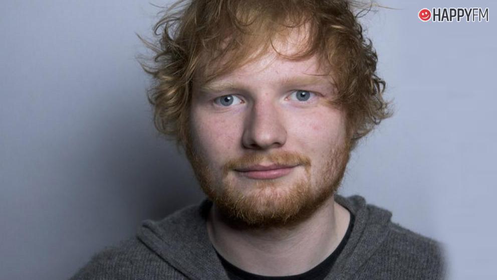 Ed Sheeran ha comprado las casas de sus vecinos