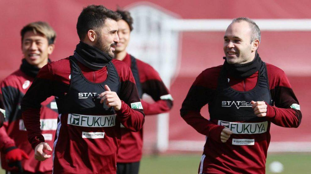 Iniesta y Villa entrenan con el Vissel Kobe.