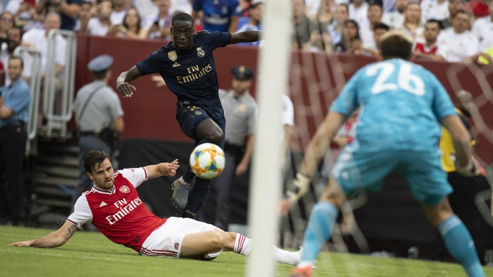 Mendy, en el partido ante el Arsenal. (AFP)