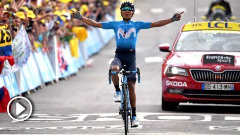 Nairo Quintana celebra su victoria en el Tour de Francia. (AFP)