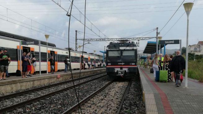 Desalojadas unas 150 personas por un conato de incendio en un tren de Tarragona