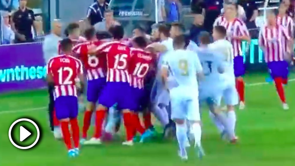 Tangana entre los jugadores de Real Madrid y Atlético en la International Champions Cup 2019.
