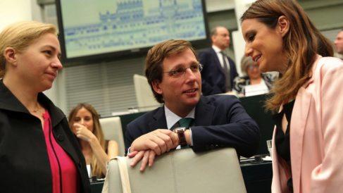 El alcalde José Luis Martínez-Almeida en el Pleno de Cibeles. (Foto. Madrid)