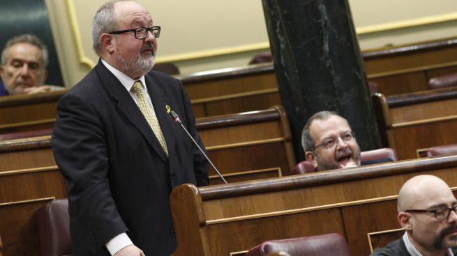 El jefe de la comisión que gestionará la 'Marca España' a un mosso el 1-O: «Te va a caer un paquete»