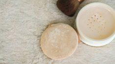 Aprende cómo aplicar los polvos translúcidos de forma correcta