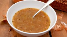 Receta de Salsa de cebolla para platos de carne