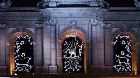 Diseño escogido para la Navidad 2019-20 en la Puerta de Alcalá. (Foto. OKDIARIO)