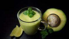Receta de Batido de aguacate y leche de almendras