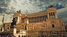 Roma, capital de Italia, es conocida como la ciudad eterna.
