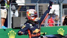 Max Verstappen celebra su pole en el GP de Hungría de Fórmula 1. (AFP)
