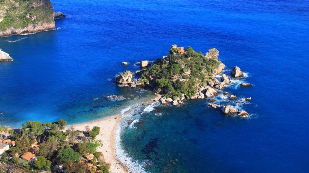 Sicilia es la isla más grande de cuantas hay en el Mediterráneo