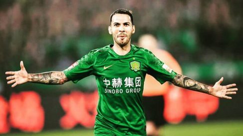 Jonathan Viera con el Beijing Guoan (@VieraJonathan)