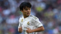Takefusa Kubo durante un partido con el Real Madrid (AFP).