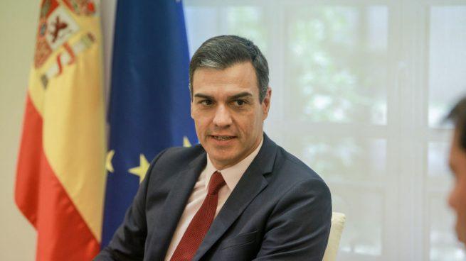 Sánchez quita a la Policía la gestión de los datos de pasajeros de aviones y se los da a una empresa privada
