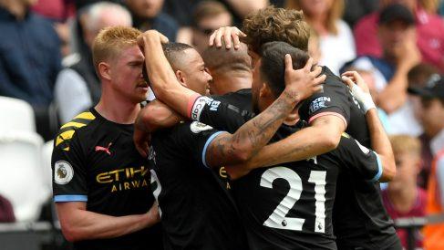 Los jugadores del Manchester City celebran un gol frente al West Ham. (Getty)