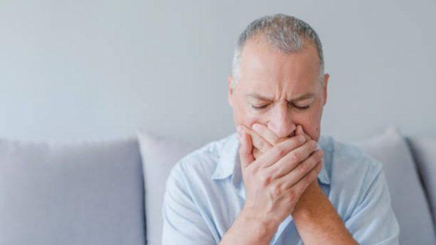 como tratar la estomatitis