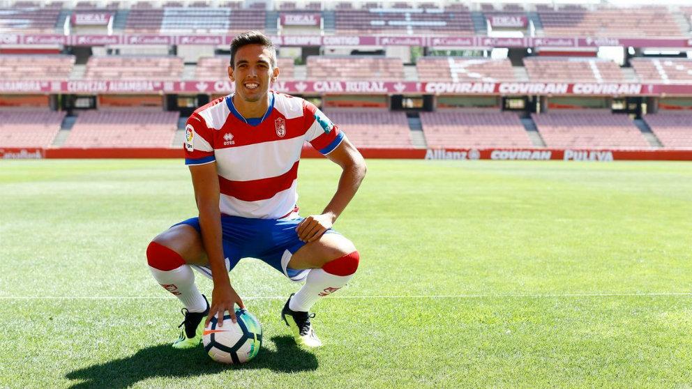 José Antonio Martínez, nuevo fichaje del Granada (@MartinezG8)
