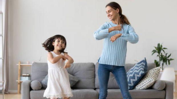como ponerse en forma bailando