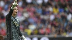 Lunin,-durante-un-partido-de-la-pretemporada-con-el-Real-Madrid-(Getty)