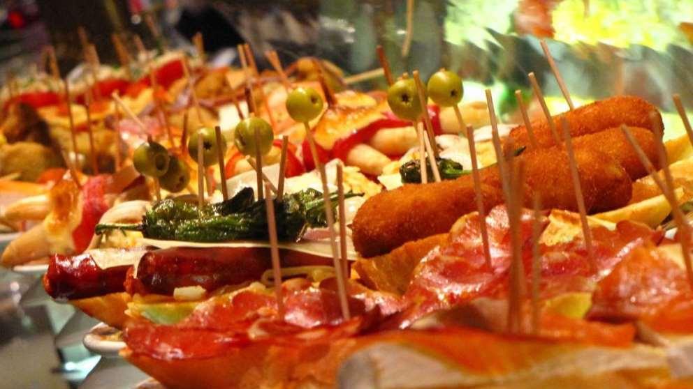 Ir de tapas es una de las tradiciones españolas más típicas de nuestro país