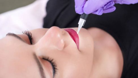 Guía para saber cómo se hace la micropigmentación de labios