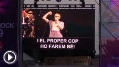 Josep Maria Mainat cantando «lo volveremos a hacer» en Canet Rock. (Vídeo: 'Dolça Catalunya')