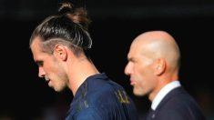 Bale y Zidane, al final del partido de Balaídos. (EFE)