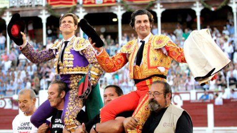 El Juli y Morante salen a hombros este sábado en Gijón (Foto: EFE).