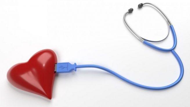 Quien sufre algún problema relacionado con el corazón es posible que tenga que ser examinado por el médico.