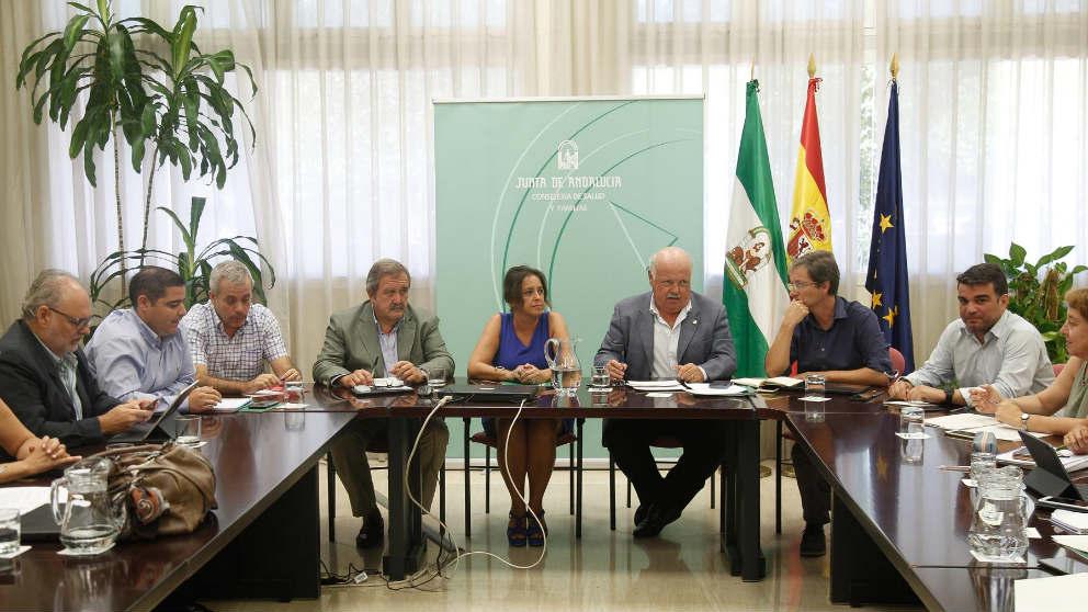 La Junta de Andalucía restringe la movilidad en Casariche (Sevilla) y realizará cribados en más municipios.