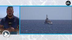 El 'Open Arms' espera frente a las costas de Lampedusa.