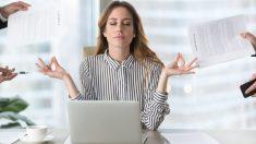 Pasos para hacer ejercicios en la oficina sin que se note