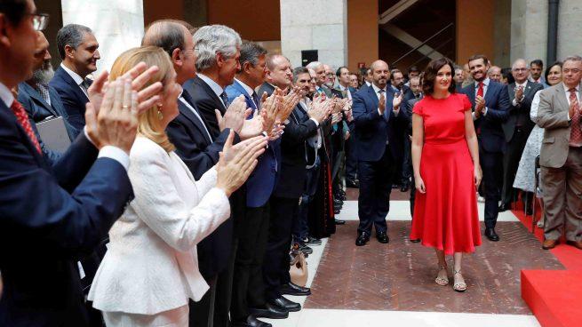 Isabel Díaz Ayuso llegando a su toma de posesión @EFE
