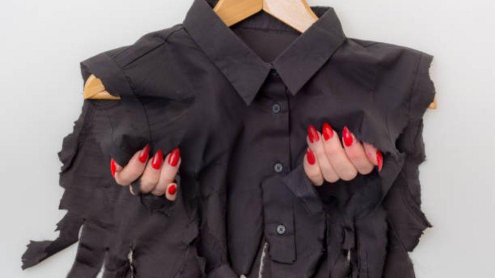 Guía de pasos para arreglar una blusa rota