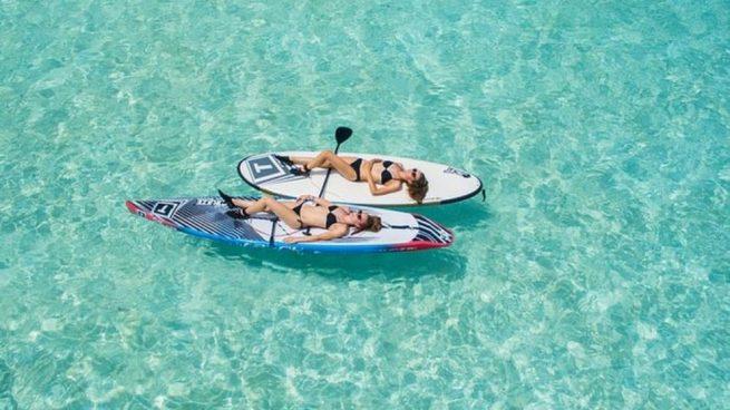 El paddle surf es una de las prácticas deportivas que más se suelen practicar desde hace unos años.
