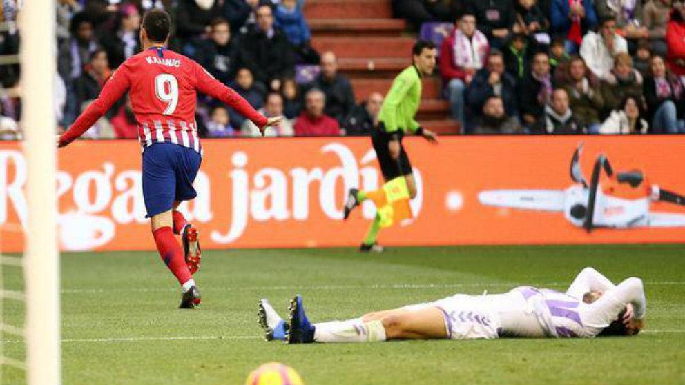 Nikola Kalinic celebra un gol ante el Real Valladolid (@Nikolakalinic)
