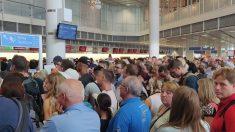 Pasajeros atrapados en el aeropuerto de Munich (Foto: @Tandalu1)
