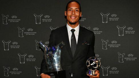 Van Dijk fue premiado en la gala de la UEFA.