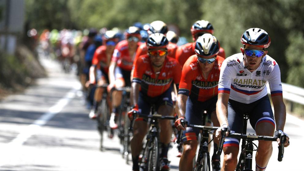 Una imagen del pelotón en la séptima etapa de la Vuelta. (EFE)