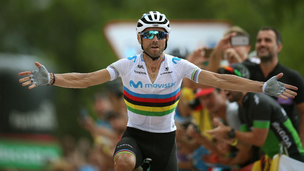 Valverde celebra su triunfo en la séptima etapa de la Vuelta. (EFE)