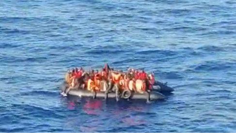 Fotografía tomada desde el barco de la patera.
