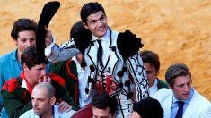 Pablo Aguado sale a hombros teste sábado en Ronda (Foto: EFE).