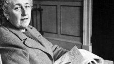 Fruto de sus novelas nacieron los famosos detectives Hércules Poirot y miss Marple.