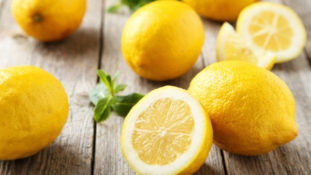 Cómo hacer un perfume casero de limón