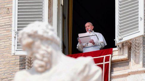 El Papa Francisco en el rezo del Ángelus en el Vaticano. Foto: AFP