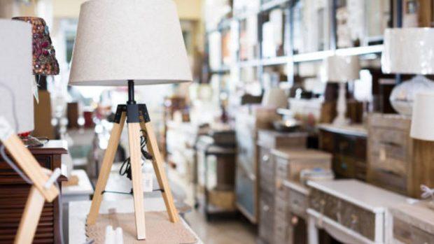 decorar y amueblar la casa con muebles antiguos