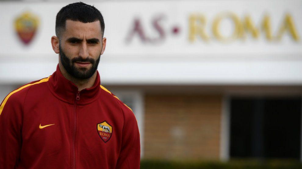 Maxime Gonalons con la Roma (AFP)