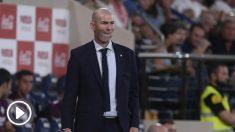 Zinedine Zidane, durante el duelo ante el Villarreal en el Estadio de la Cerámica. (AFP)