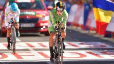 Roglic llega a la meta de Pau. (AFP)