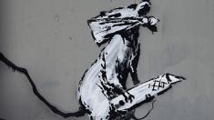 Dibujo de Bansky en el Pompidou @Redes Sociales